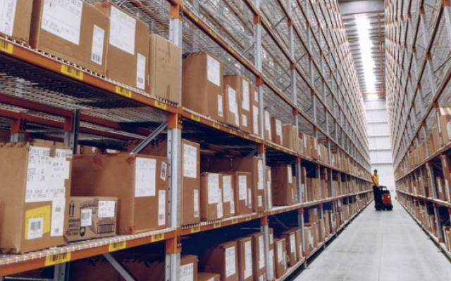 Picking orders in a warehouse